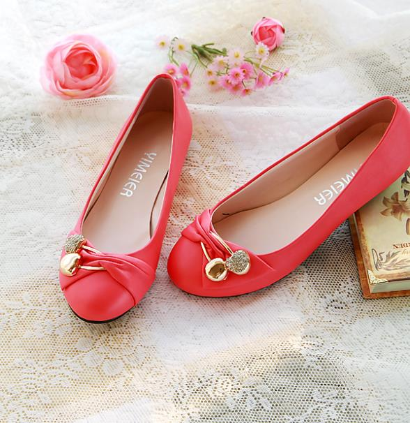 342014cf15f Lady Flat Shoes for Women Spring Summer 2015 New Fashion Brand Designer  Slippers Wholesale Her Women Casual Flats Nurse Shoes-in Women s Flats from  Shoes on ...