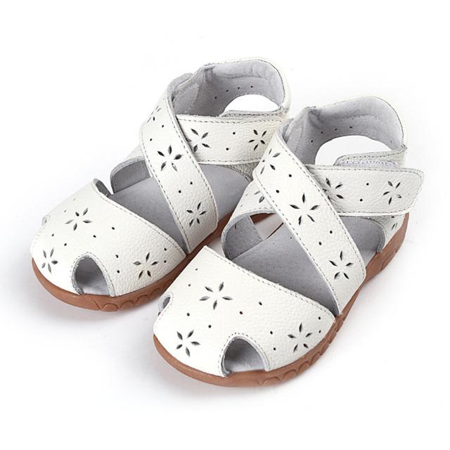 2017 Sandalias de Verano de Cuero Genuino Zapatos de Los Niños para Las Muchachas Ahueca Hacia Fuera Los Niños Sandalias de Las Muchachas Zapatos de La Princesa Sandalias de Las Muchachas