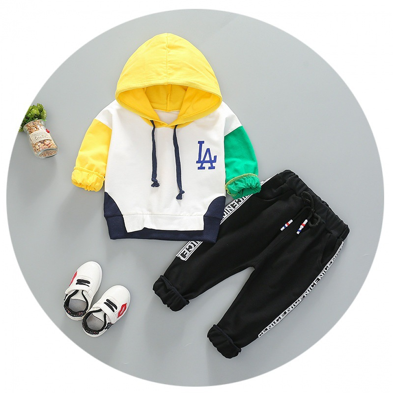 2018 autumn new Korean version of the child 0-4 years old LA letter color hooded sweater two-piece Baby cartoon set