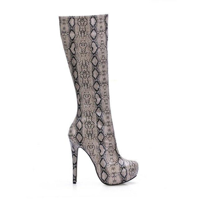 ab1ca263218 Sexy mujeres moda Python patrón impreso Tacones altos Botas piel de  serpiente estilete de la plataforma