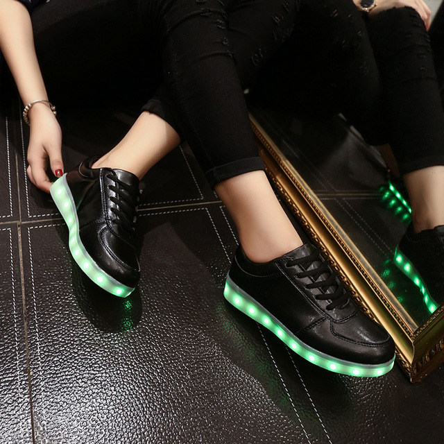 Fashion Glowing Usb Charging Sneakers