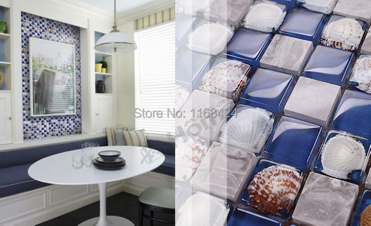 Blu mosaico di vetro piastrelle con conchiglie naturali eme