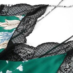 Image 4 - ELFSACK yeni yaz moda kadınlar şifon elbise A line çiçek baskı kısa kollu v yaka resmi Retro ince kadın elbiseler alt