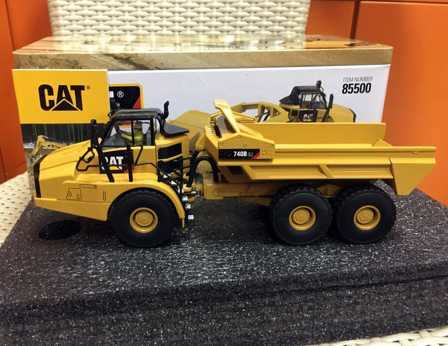 1/50 CAT 740B EJ ARTICULATED EJECTOR TRUCK By DIECAST MASTERS 85500 цена 2017