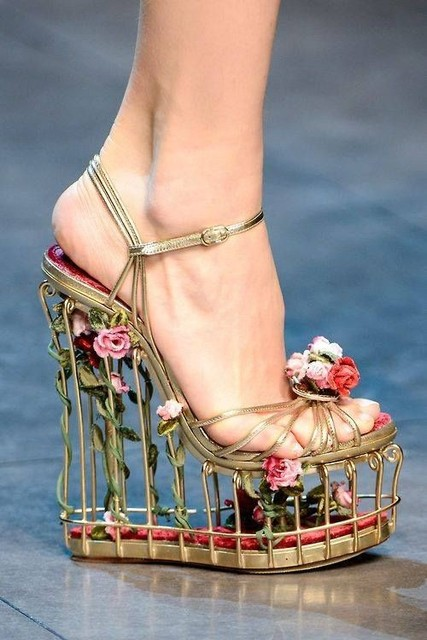 8e261620539 2017 summer newest platform cut-outs sandal ankle strap sandal rose-embellished  metallic leather cage sandals sexy open toe