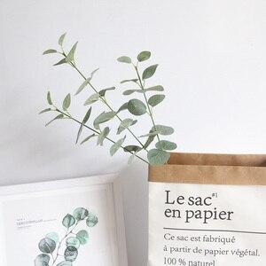 Image 4 - Rama de hojas artificiales Retro verde hojas de eucalipto de seda para decoración del hogar, plantas de boda, follaje de tela sintética, decoración de habitación de 68CM