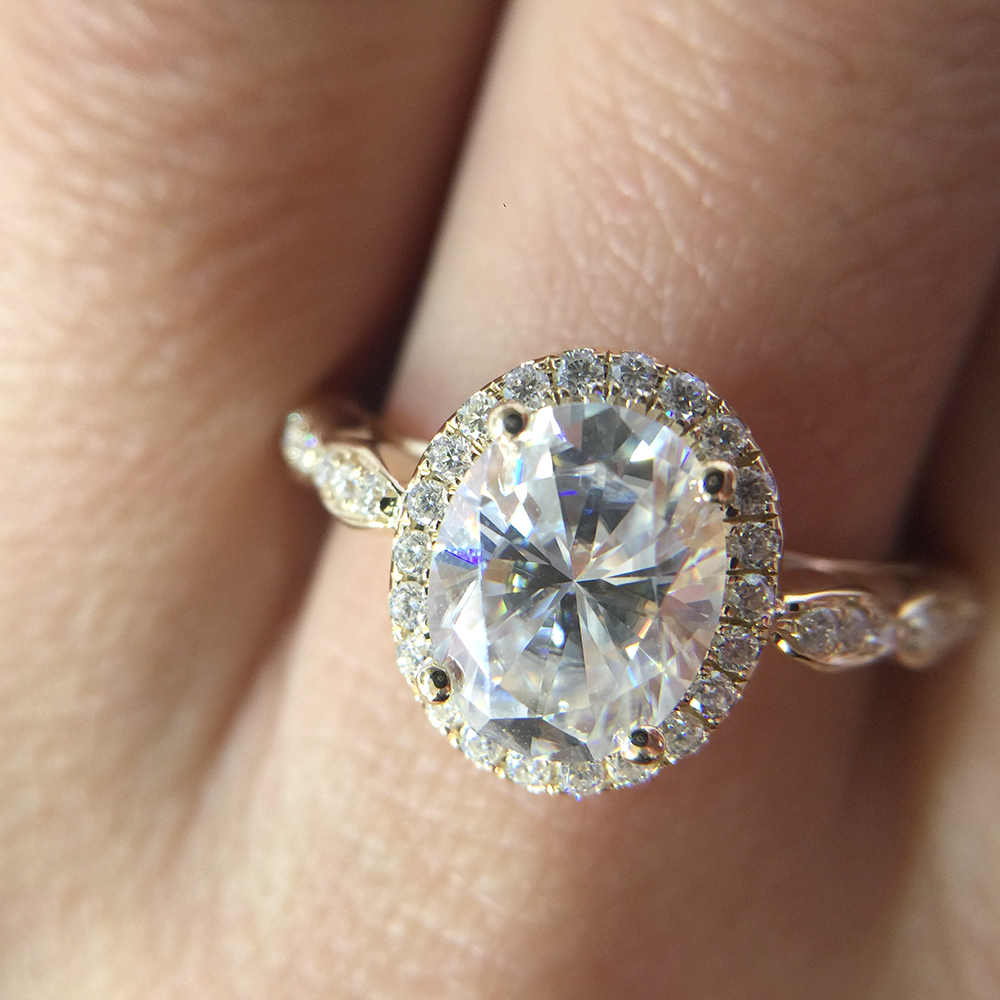 14K Yellow Gold Halo Moissanite Ring 7x9mm 2.0ct Carat Oval Cut Brilliant Moissanite Engagement Ring for Women