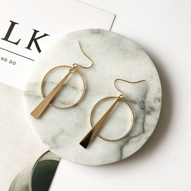 Temperament Simple Retro Long Circle Ear Line Geometric Earrings