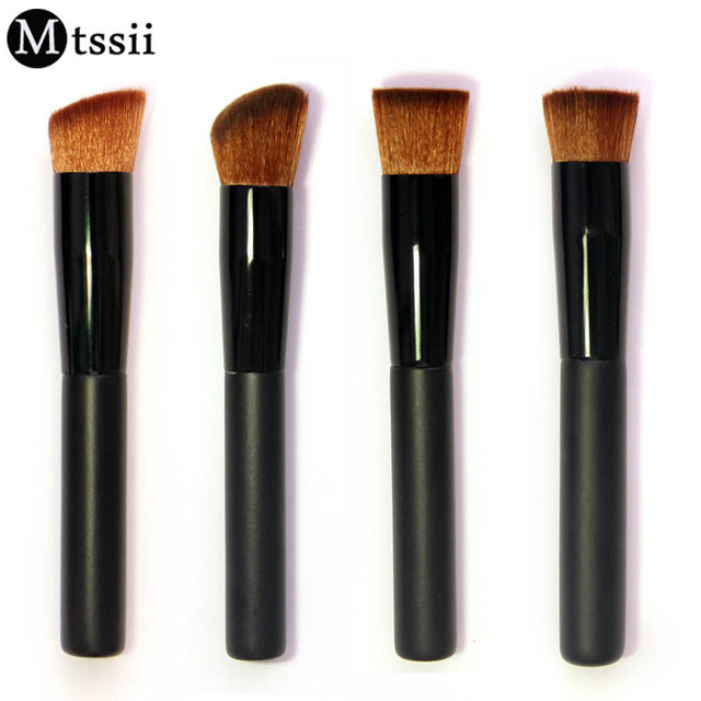 2017 New Mtssii 1Pcs Beauty Powder Brush Foundation Brush Wooden Handle Brand Makeup Brushes Cosmetic Brush Makeup Tool