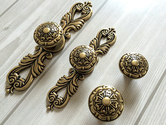 antique bronze kitchen cabinet door knobs handles pull ornate knob back plate decorative hardware - Kitchen Knob And Handles