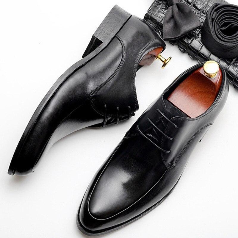 Nouveau été hommes Bullock chaussures en cuir véritable marque de luxe noir hommes fête robe de mariée chaussure affaires en cuir formel hommes chaussures