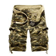 2017 Men Casual Cargo Short Mens Summer Style Overalls Camouflage Loose Multi-Pocket Cotton Shorts Men's Clothing Size 38