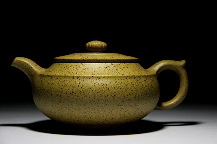 Line round tea pot Yixing Zisha teapot Huanglongshan sesame seeds mud master handmade teapot special