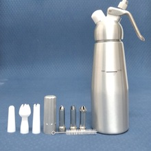 2019 Whole Aluminum Whipped Cream Dispenser Pint Gourmet Whipper Stainless Steel Decorating Nozzles+Plastic Pastry Tube (0.5L)