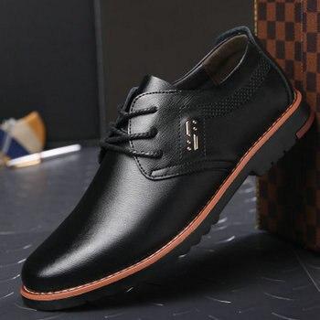 2018 marca novos homens de moda primavera de Couro rendas até sapatos casuais plana Respirável casamento vestido de Escritório de Trabalho Sapatos WA-76
