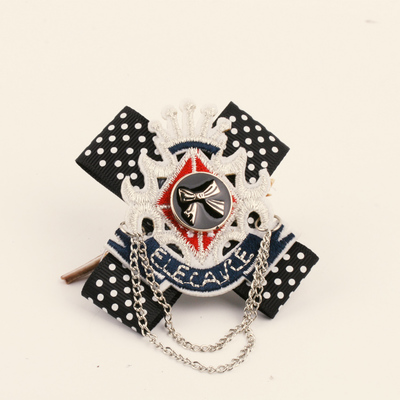 2017 Promotion Sale Stainless Steel Cross Trendy Pin Brooches Fashion Bowknot Brooch Female College Wind Crown Shape Corsage