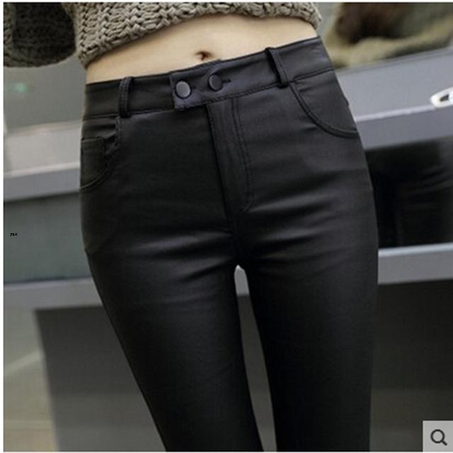 La primavera y El Otoño Invierno nueva salvaje era delgada pantalones lápiz pies de las mujeres más el terciopelo hip exterior pantalones pantalones de cuero recubierto