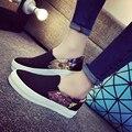 2017 Mulheres Da Moda Primavera Mocassins Sapatos Preguiçosos Sapatas de Lona Branca Deslizamento das mulheres de Baixa Apartamentos Mulheres Sapatos Casuais Tênis de Marca 9159