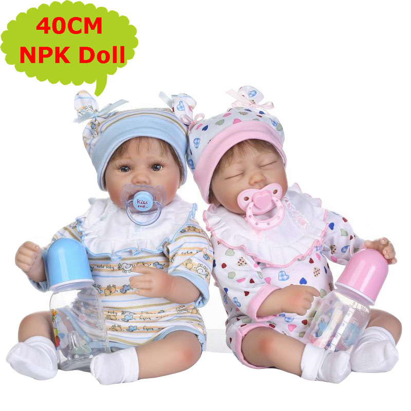 40CM NPK Realistic Silicone Babies Reborn Dolls Soft Cotton Body Alive Bebe Toys With Cute Doll Clothes As Girls Birthday Gift 40CM NPK Realistic Silicone Babies Reborn Dolls Soft Cotton Body Alive Bebe Toys With Cute Doll Clothes As Girls Birthday Gift
