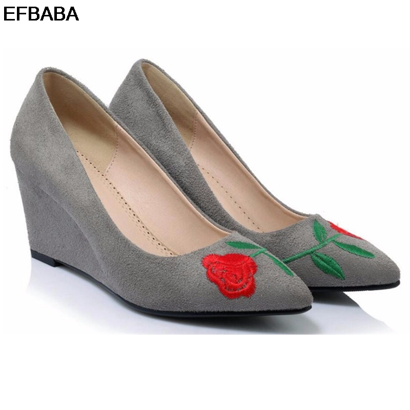 EFBABA Retro Women Pumps Embroidered Slope Shoe Platform High Heels Red Embroidery Suede Wedding Shoes Pointed Wild Bridal Shoes siketu 2017 free shipping spring and autumn women shoes fashion sex high heels shoes red wedding shoes pumps g107