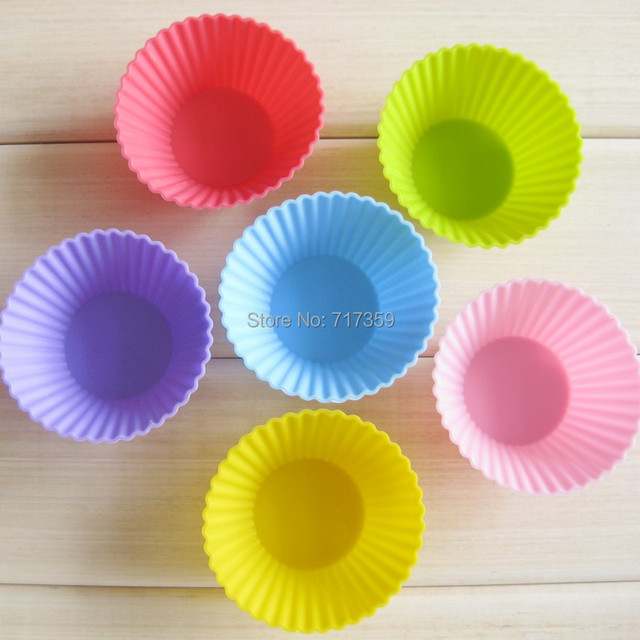 30pcs /Lot, DIY Free Shipping Wholesale 7cm Silicone Cake Mold/Cupcake Mold /Baking Mould Bakeware Baking Tools 6Colors 670045