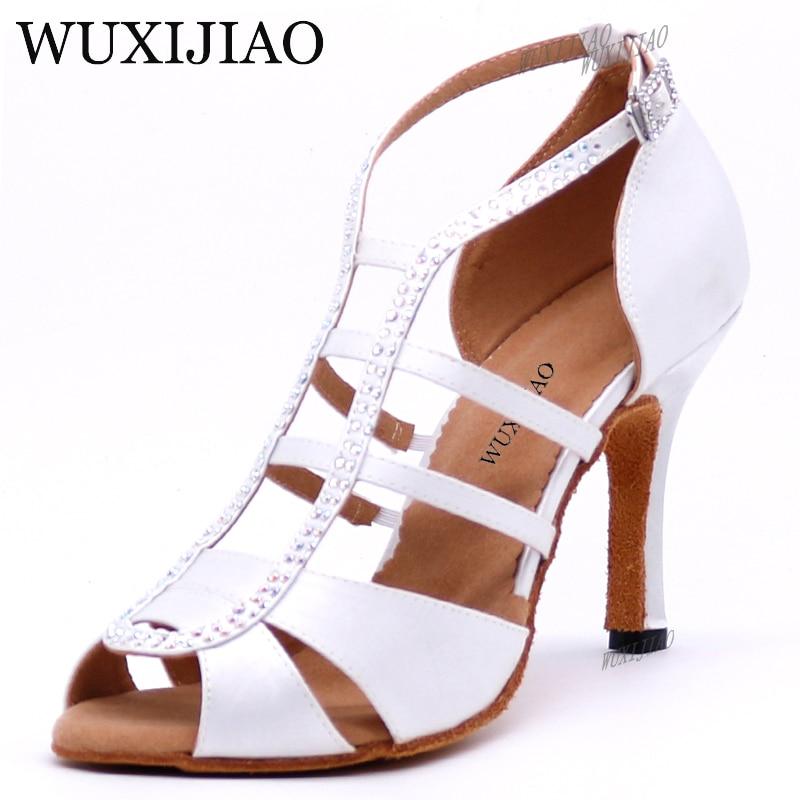 WUXIJIAO Nouveau blanc Satin Latine Chaussures De Danse Femmes Salsa Strass Chaussures De Danse Pour Femme Salle De Bal Danse Chaussures talon 5 cm -10 cm