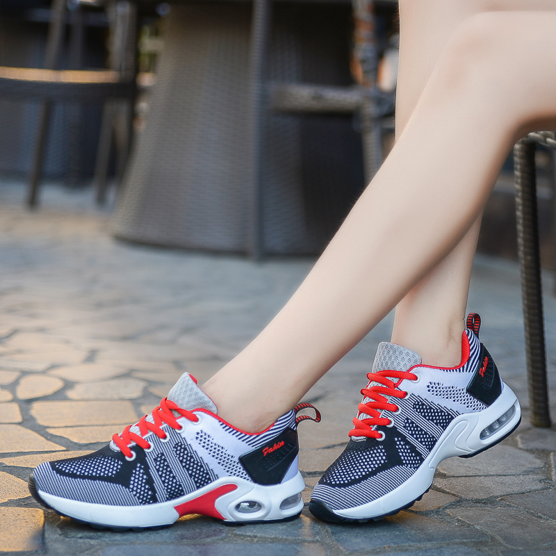 NEW Running shoes women sneakers Lightweight Female Outdoor Athletic  Lovers walking sport tennis Trainers shoes women size35-40