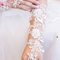2018 Vintage Luxus Lvory Spitze Prinzessin Braut Handschuhe Mode Weibliche Lange Design Brautkleider Handschuhe Heißer Verkauf