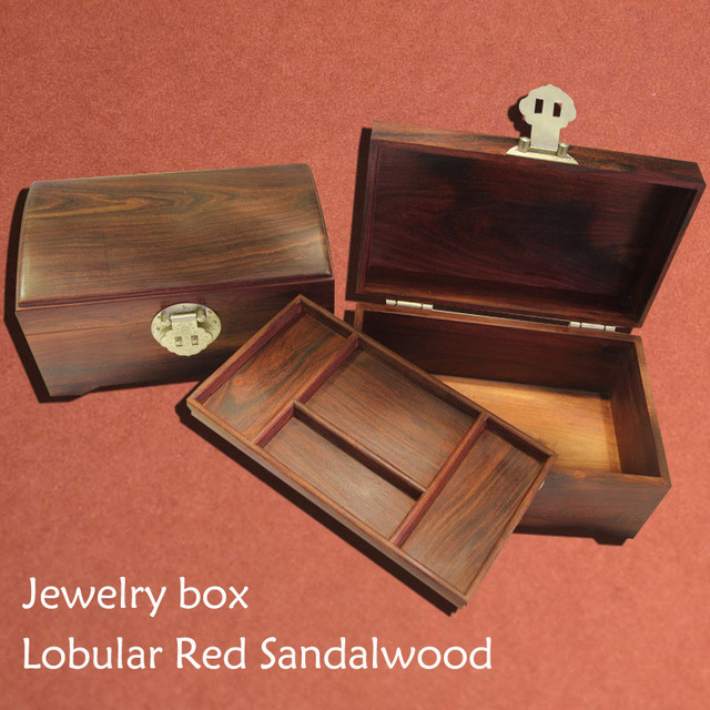 A pair jewelry box with tray high quality Authentic Nature Wild Red
