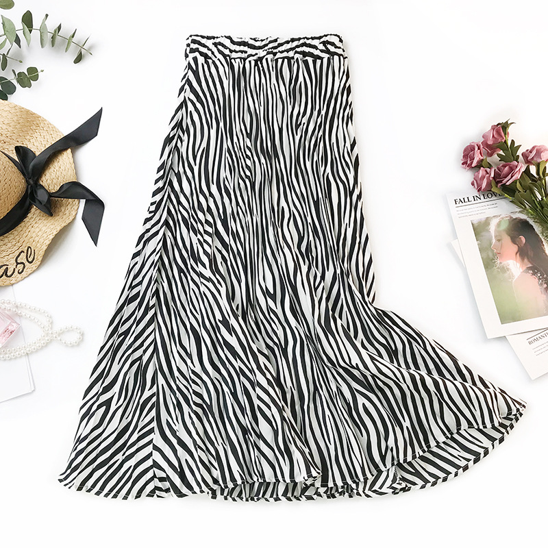 2020 Autumn New Arrival Euro-american Style Fashionable Zebra Stripe Printed Long Skirts For Women Pleated Skirt Free Shipping