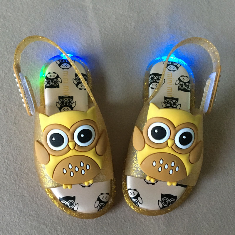 BABAYA 3D Cartoon Owl Patch Boys Girls Jelly Shoes Led Light Sandals Kids Glowing Sandals Shoes Summer Children Sandals 2017-2