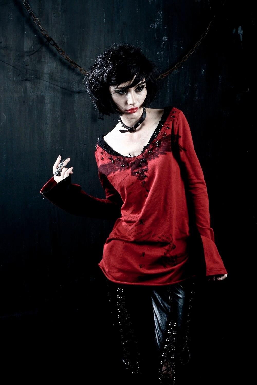 PUNK RAVE noir et rouge manches longues coton 100% T-shirt avec crâne design T-272