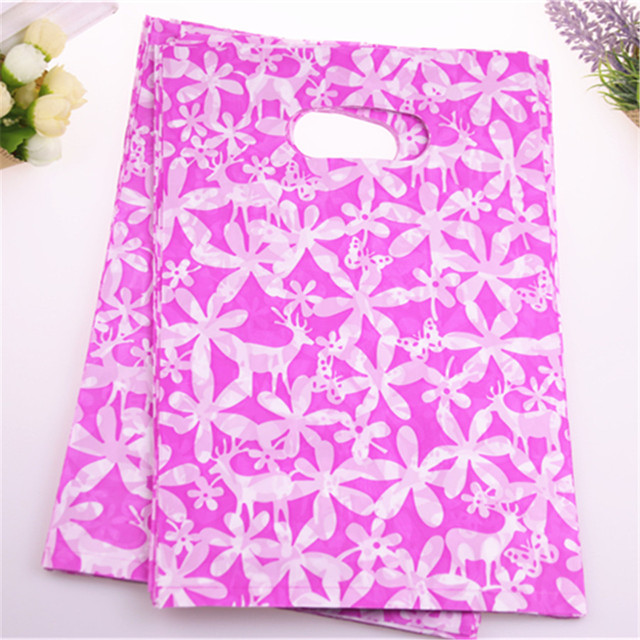 New Design Hot Sale Wholesale 100pcs Lot 2030cm Medium Plastic Birthday Gift Bags