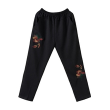 New 2017 Middle Aged Women Floral Embroidery Pants Casual Elastic Waist Female Loose Trousers Plus Size Y160