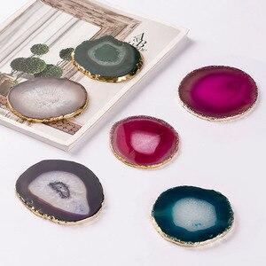 Naturalny agat kawałek złota krawędź Coaster podstawka pod kubek kawy biżuteria wyświetlacz wsparcie rozmiar 8 ~ 10cm