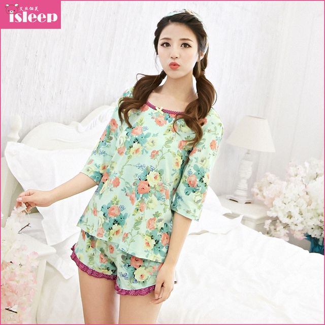 2015 New Summer Style Cute Korean Pajamas Women Cotton Short Sleeve Shorts  Roses Chinese Market Online Sexy Pajama Sets IsE1013 29559b07a