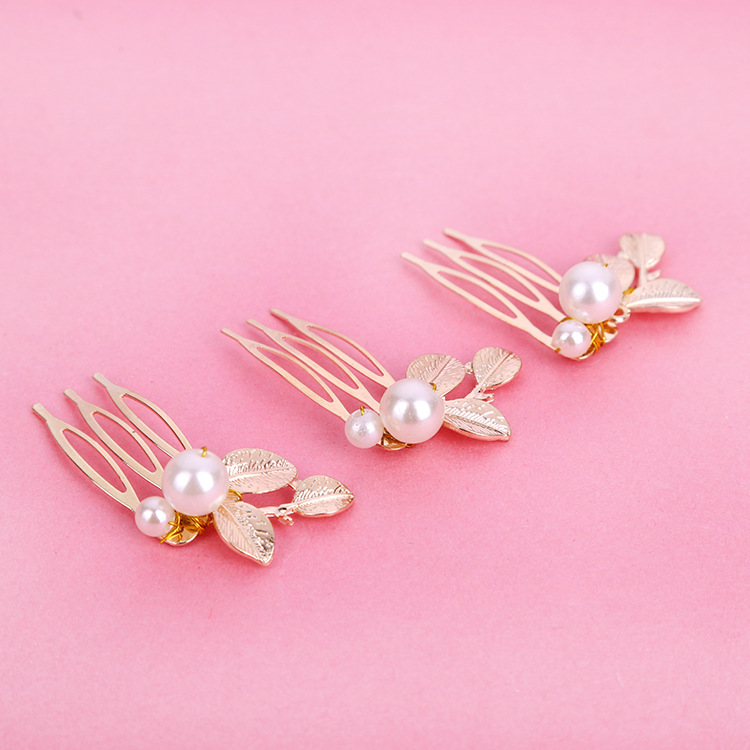 Cheap Bridal Tiara Big Pearl Gold Leaf Hair Comb Elegant Temperament Small Hair Comb Bridal Headwear Wedding Accessories 2019