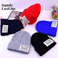 2016 New Casual Men Women's Winter Hats Knitted Caps Fashion Black Blue Red Beanie Winter Hats for Women Bonnet Femme Sale 003