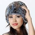 Das mulheres Real malha Rex pele de coelho Skullies gorros chapéus feminino inverno pele morno Caps protetor auricular moda chapelaria VK1146
