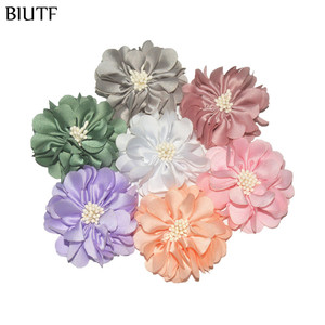 Image 3 - 100pcs/lot 4.5cm Handmade Fabric Flower with Center DIY Boutique Headband & Hairpin Accessories On Sale TH233