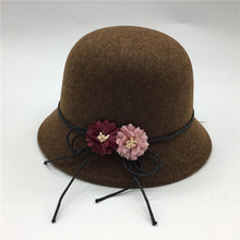 Cute Ladies Flower Bucket Hat Limitate Wool Felt Warm Fedoras Hat Elegant Outdoor Top Round Floppy Hats Chapeu Feminino stylish lace up embellished wavy edge round top felt floppy hat for women