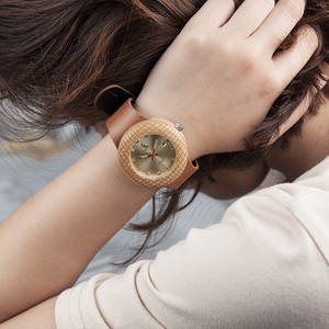 Image 2 - BOBO BIRD Wooden Quartz Watch Men Women Timepieces Leather Band Wristwatches for  Gifts In Wooden Box W iQ17 DROP SHIPPING