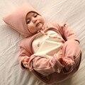 Bebé recién Nacido Ropa de Dos Piezas de Los Bebés de Los Mamelucos Y Sombreros de Primavera de Los Bebés Traje de Dibujos Animados Infantil Roupas