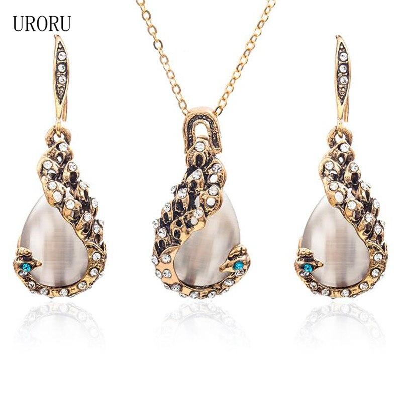 URORU Fashion Women Elegant Water Drop Rhinestone Pendant Necklace Earrings Jewelry Set Necklace Earrings Set
