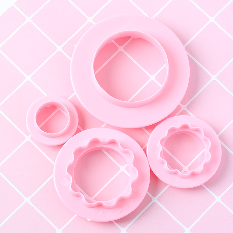 4pcsset Round and Wave Biscuit Cookies Press Mould Food-grade Plastic Fondant Cake Cookies Cutter Mould Decorating Press Pastry