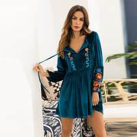 Khale Yose Autumn 2018 Mini Dress Long Sleeve Floral Embroidery Boho Women Velvet Dress Plus Size Gypsy Vintage Green Dresses