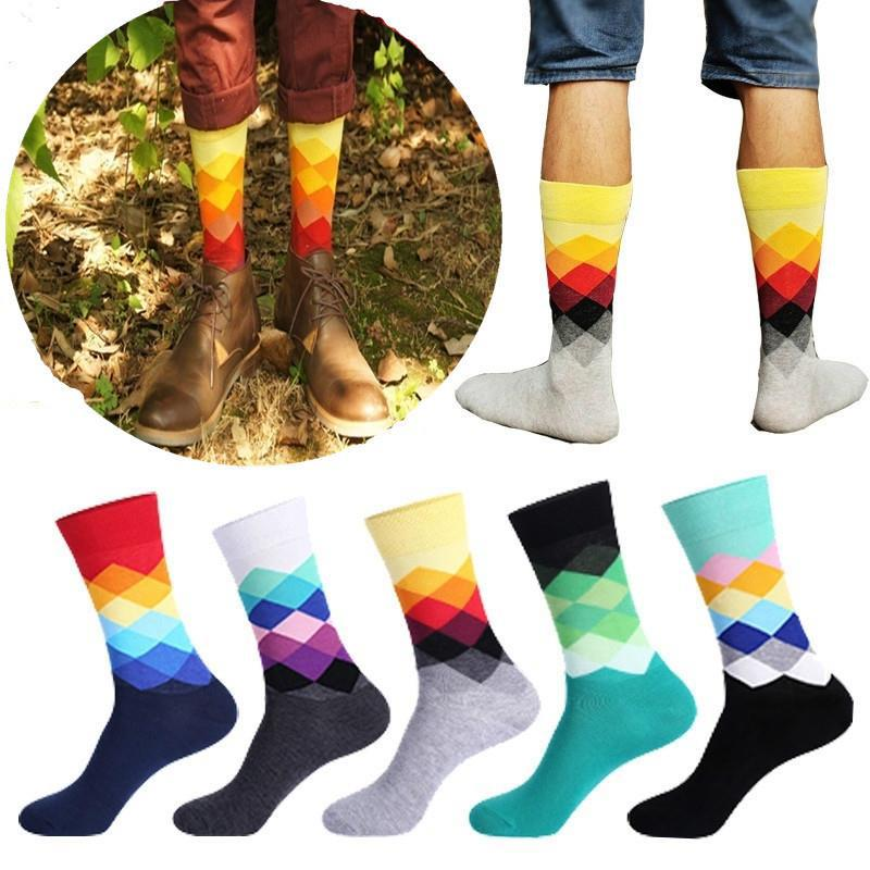 2018 trendy MenColorful Gradient Geometry Crew Sock Happy British Mens Diamond Plaid Business Dress Long Funny Socks