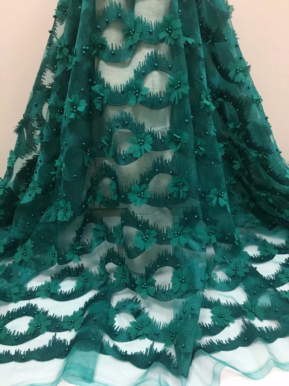 Nigerian Lace Fabrics 2018 With Beaded High Quality African French 3D Net Lace Fabric Embroidered Tulle Mesh Lace Fabric Nigerian Lace Fabrics 2018 With Beaded High Quality African French 3D Net Lace Fabric Embroidered Tulle Mesh Lace Fabric