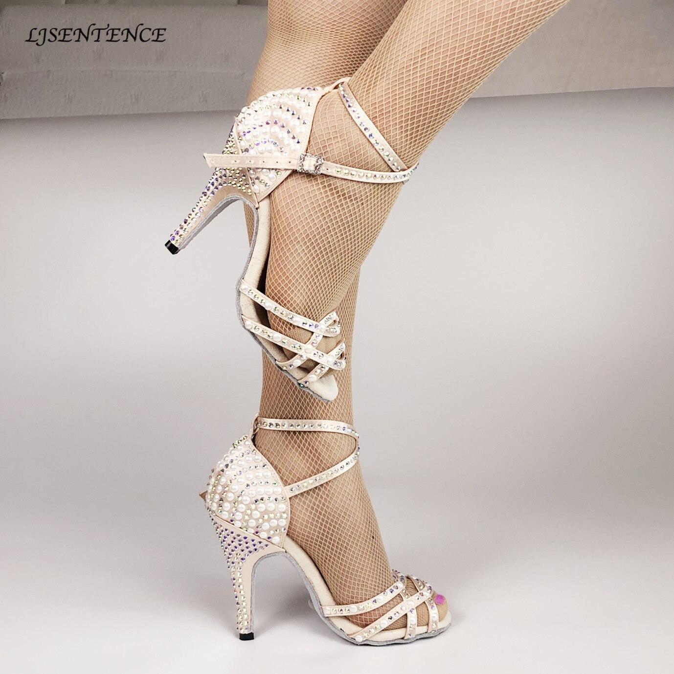 Mode salle de bal Latin Tango chaussures de danse femmes semelle souple talons hauts pour les femmes couleur de la peau Stable danse latine chaussures de danse femme
