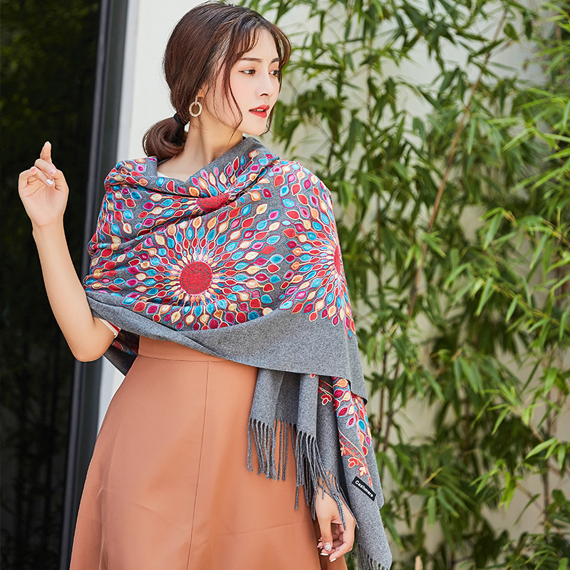 Nepal Women Quality Soft Cashmere   Scarves   Sun Flower Embroidery Warm Shawls Winter Knitted   Scarf   Pashmina   Wrap   muffler ladies